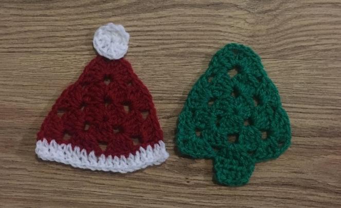 christmas-crochet-santa-hat-tree-yay-for-crochet.jpg
